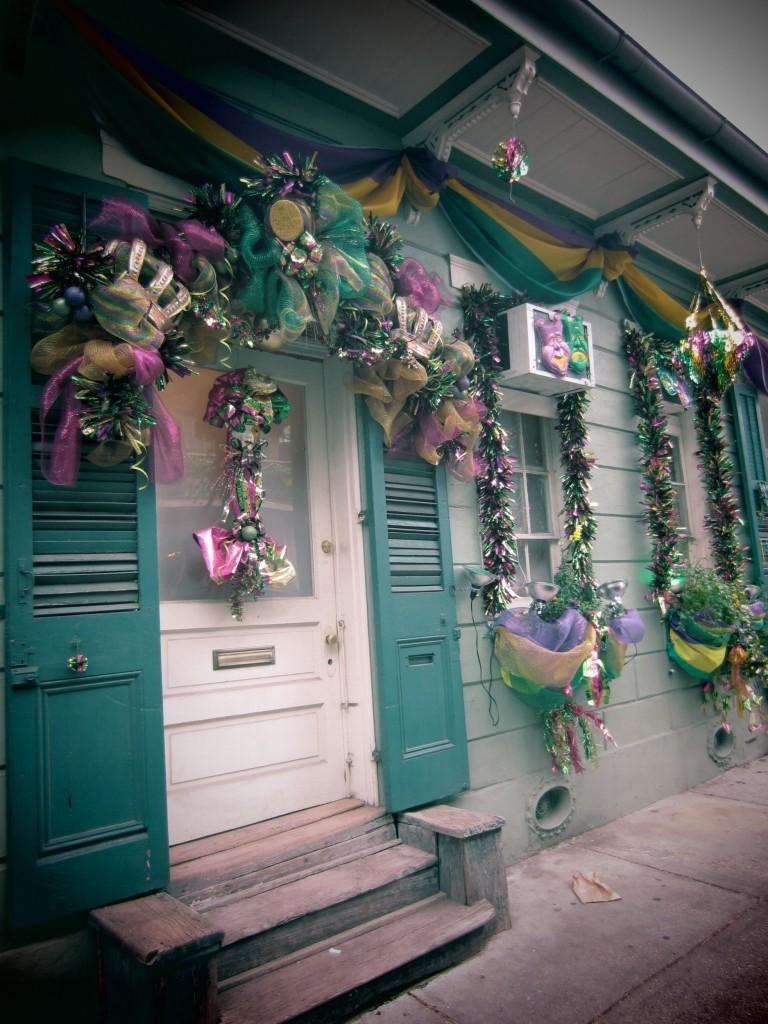 mardi gras 2016b 768x1024 - Cute Mardi Gras Decorations for Your Front Door